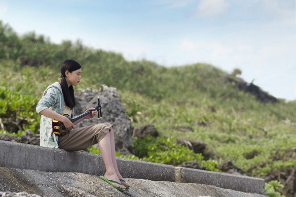 映画、「旅立ちの島唄」少女と家族の感動物語