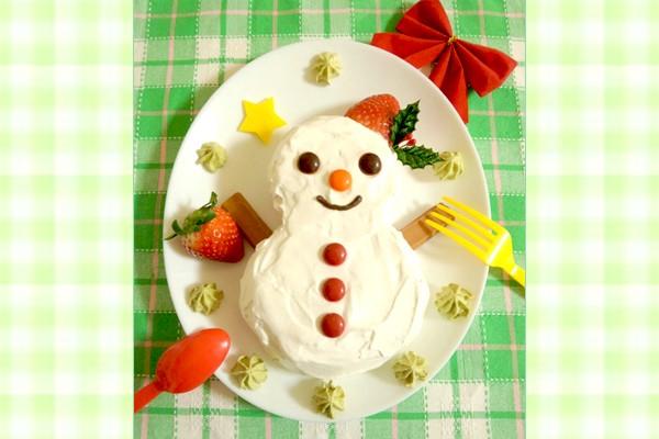 森崎りよのデコレシピ♥第一回は雪だるまケーキ!