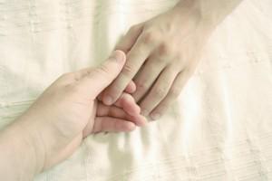 手を見れば年齢がバレる!?習慣にしたい簡単『ハンドケア』