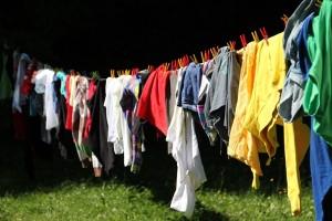 部屋干しで一番早く安く乾かす方法はコレ!洗濯の悩み解消法