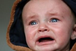ねぇ、ママだって泣きたいよ…つらい『夜泣き』の乗り越え方