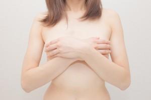 ぺたんこのおっぱいでも復活できる!?卒乳・断乳後の胸事情