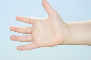 イヤイヤ期の子どもの手洗い習慣に!『紙せっけん』の人気復活!?