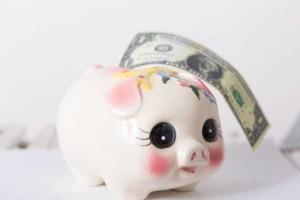 『育児手当』どう使ってる?貯金派VS使う派