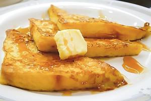 忙しい朝でも簡単に栄養満点!『フレンチトースト』のすすめ