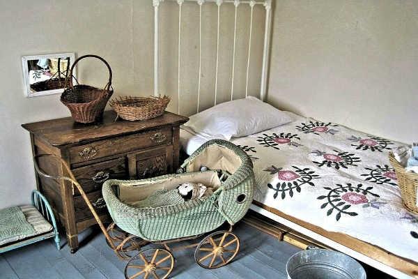 いつから子どもを一人で寝かせるの?一人寝開始時期と練習方法とは