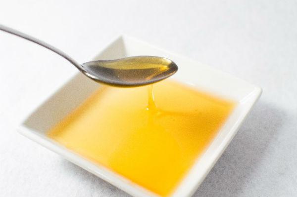 毎日スプーン1~2杯の『コスメオイル』で体の中からキレイをつくる!