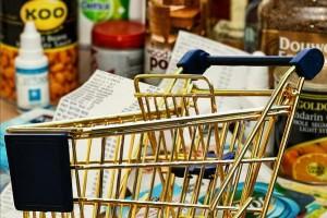 ママも悲鳴!4月から値上げされる食品まとめ