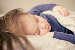 その『咳』大丈夫?乳幼児の咳の原因と家庭でもできるケア