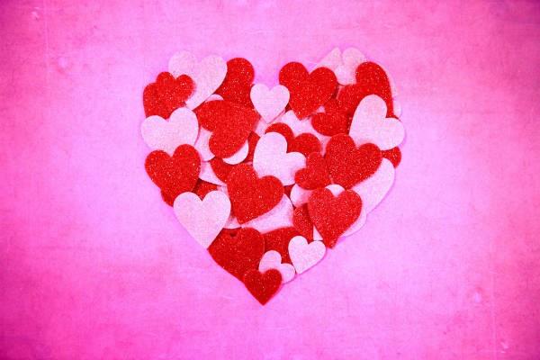 幸せの色『ピンク』にはリラックス効果や美容効果アリ!
