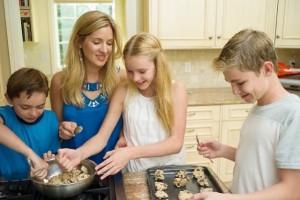 4歳で包丁も使えちゃう!?ゆうこりんの『料理早期教育』がスゴイ!