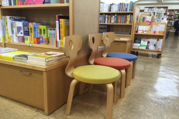 銀座の子どもの本専門店『教文館ナルニア国』に行こう