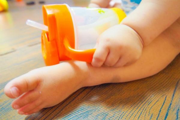 新米ママ必見!赤ちゃんのストロー練習テクと100均便利グッズ