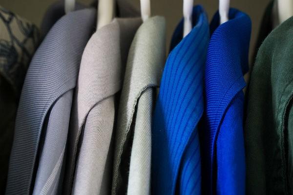 10月1日は『衣替えの日』。夏服を来年も快適に着るためにおさえておきたい3つのこと