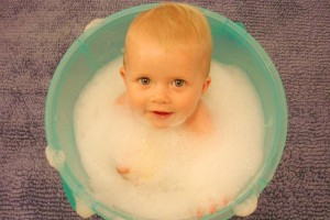 我が家の体験談!ママ1人に子どもが2人の入浴タイムはこう乗り切った!