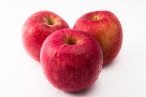 便秘解消や美肌効果も!いまが旬の『りんご』に隠されたうれしいパワー