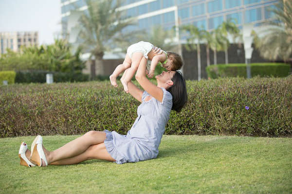 仕事と託児が両方そろう!『企業内託児所』の気になるメリット&デメリット