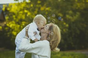 先輩ママが教える!泣き方別・赤ちゃんへの対応方法