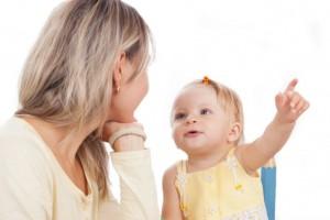 赤ちゃんが生まれて初めて話す言葉1位は○○!みんなのとっておき爆笑エピソード