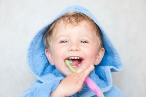 歯磨きの練習にも♪『まがる・おれない安全ハンドル歯ブラシ』が素晴らしい!