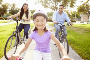"""家族そろって都心を安全にサイクリング!""""パレスサイクリング""""をやってみた!"""
