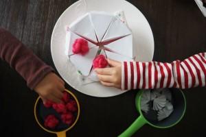 雨の日はおうちであそぼ!牛乳パックで作れるおもちゃ3選