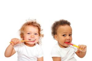 フッ素が多すぎも少なすぎもNG!乳幼児の歯磨き粉の選び方