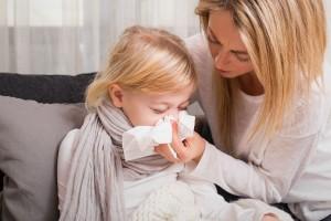 子どもが風邪を引いた!?小児科と耳鼻科、どちらを受診すべきなの?