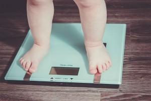 """1歳で10kgは太りすぎ!?知っておきたい子どもの""""適正体重"""""""