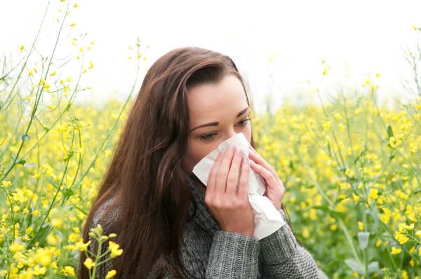 ツラい花粉症から解放されたい!花粉症を根本的に治す『舌下免疫療法』って?