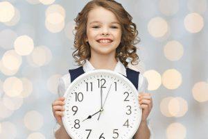 意外と簡単で勉強にも役立つ!子どもと一緒に手づくり時計を作ってみよう♪
