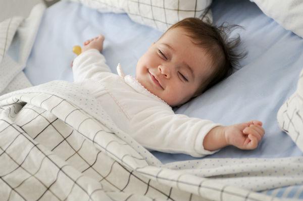 赤ちゃんの昼夜逆転予防になる!?妊娠後期の生活リズムが胎児の体内時計を作るって本当?