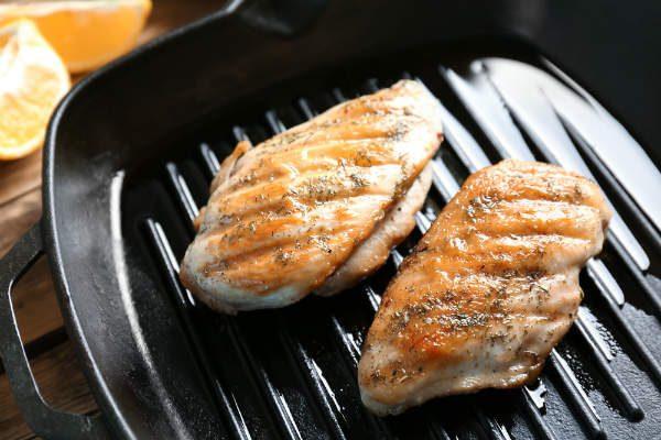 これ1枚でオーブン料理や魚焼きが手軽に!注目『グリルプレート』3選!