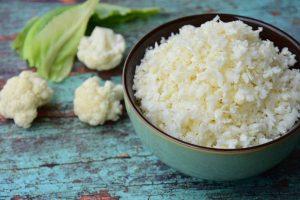 カロリーは白米の約1/6、糖質は約1/16!『カリフラワーライス』ならおいしく食べて痩せられる!