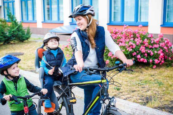 電動?タイヤの大きさは?ママの強い味方『子ども乗せ自転車』を選ぶときのポイント