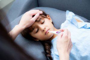 子どもの初夏の発熱、原因は紫外線かも!?『紫外線疲労』による体調不良に要注意!