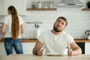 「パパが帰ってこない…」夫が『帰宅恐怖症』に陥る根本的な原因って?