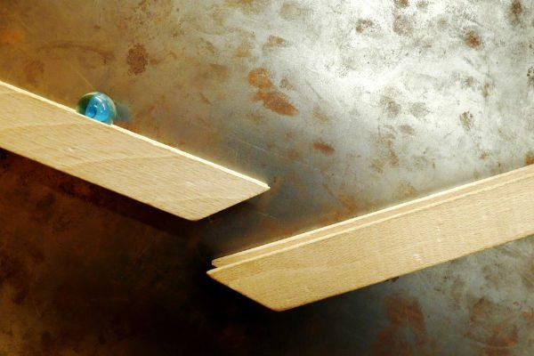 雨の日をもっと楽しく!親子で遊ぶ『自作ピタゴラスイッチ』のアイデア