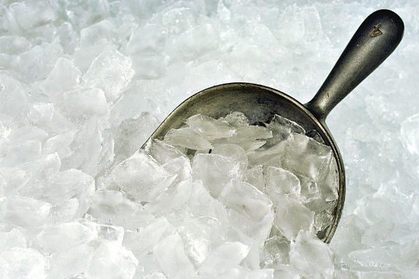 『家庭用製氷器』のメリットって?人気のモデル4つを比較!【家電最前線vol.04】
