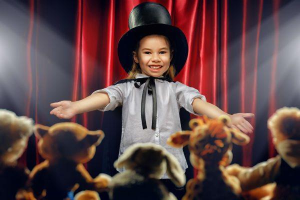 子どもも喜ぶ!盛りあがる!ママでもできる簡単マジック5選