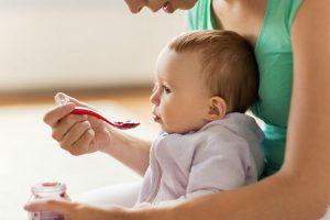 離乳食で使える意外な食材って?Twitter『#離乳食めんどくさい協会』が参考になる♪
