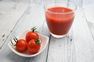 """2021年秋は """"自粛むくみ にご注意を!むくみ対策の味方は、トマトジュース??"""
